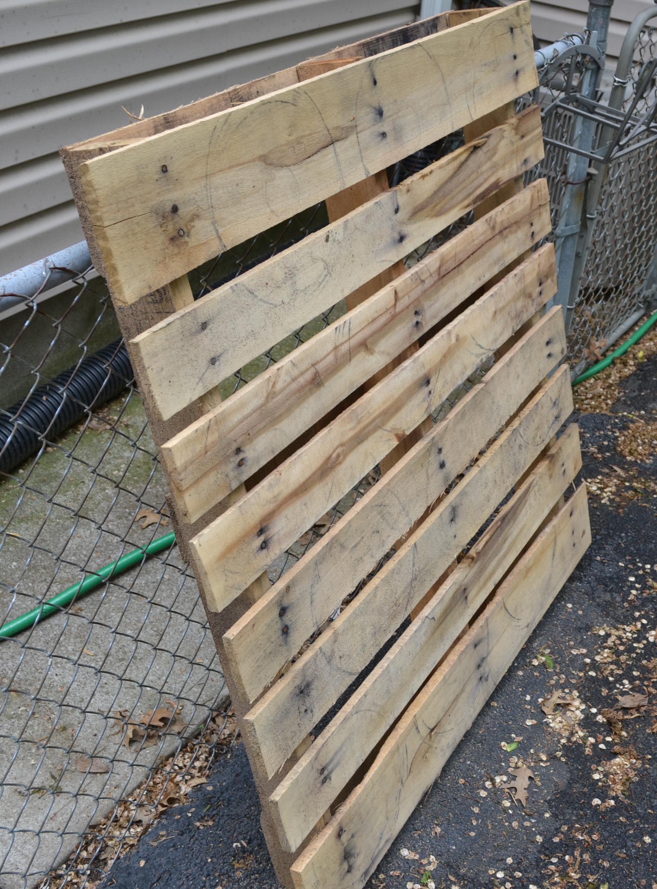 Making Things Out Pallets He Had To Disassemble Them To A